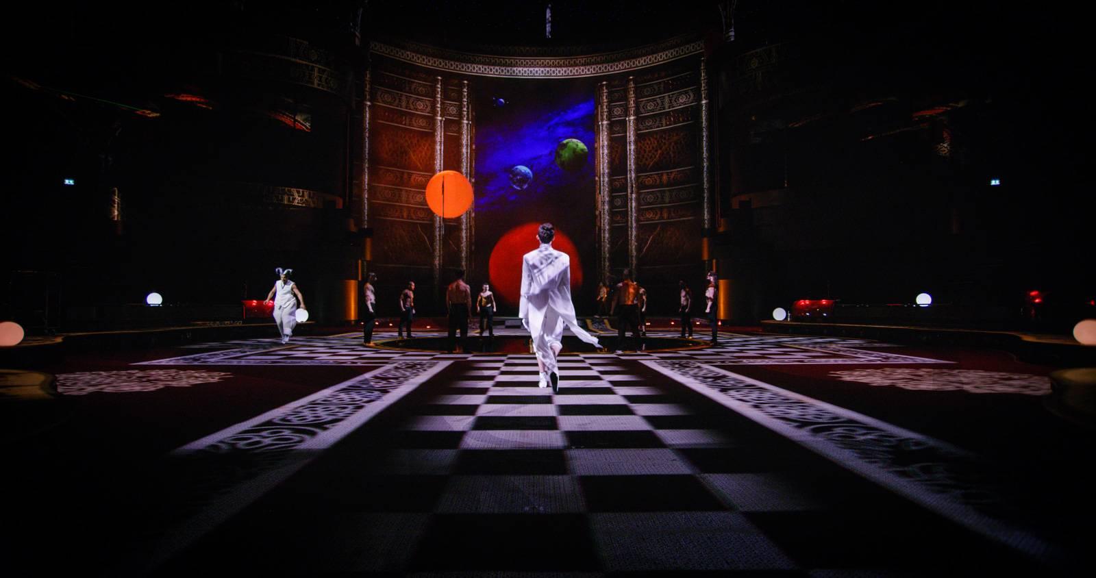 la perle: the show 4